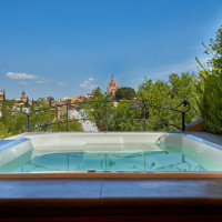 View of the parroquia from the jacuzzi